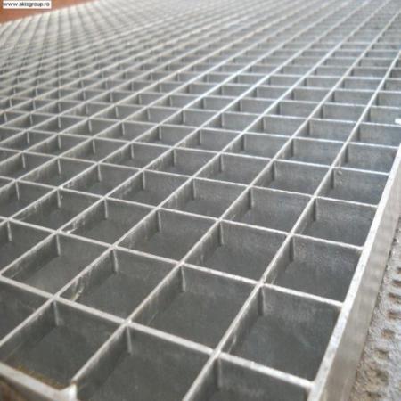 Gratare metalice zincate